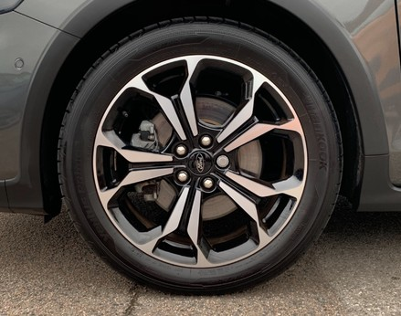 Ford Focus ACTIVE X 13