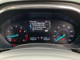 Ford Focus ACTIVE X 19