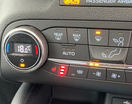 Ford Focus ACTIVE X 40
