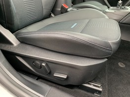 Ford Focus ACTIVE X 56