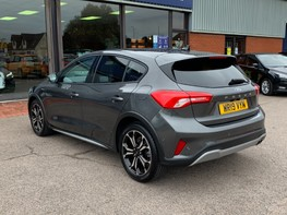 Ford Focus ACTIVE X 9