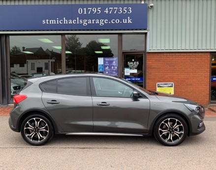 Ford Focus ACTIVE X 10