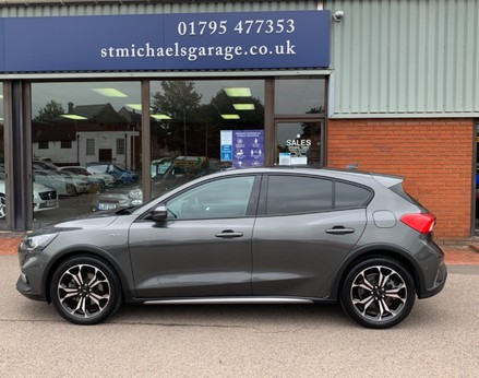 Ford Focus ACTIVE X 11