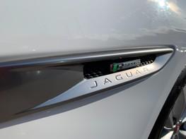 Jaguar XF D R-SPORT 63