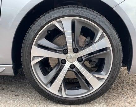 Peugeot 308 BLUE HDI S/S SW GT LINE 13