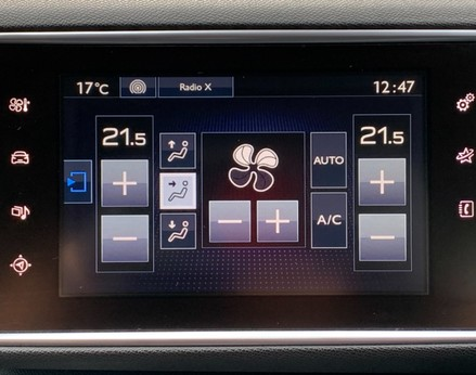 Peugeot 308 BLUE HDI S/S SW GT LINE 24