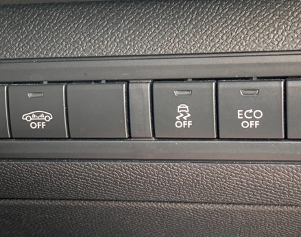 Peugeot 308 BLUE HDI S/S SW GT LINE 37