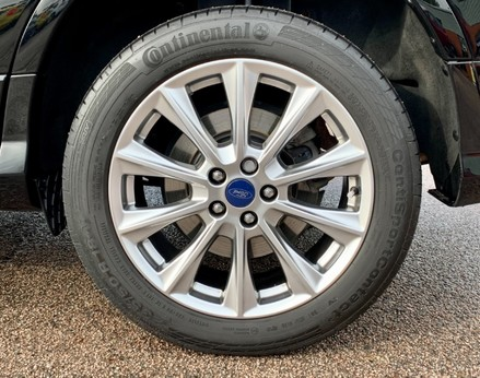 Ford Kuga VIGNALE TDCI 16