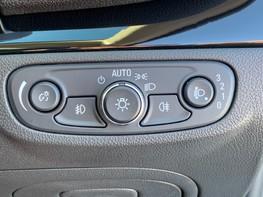Vauxhall Mokka X DESIGN NAV 37