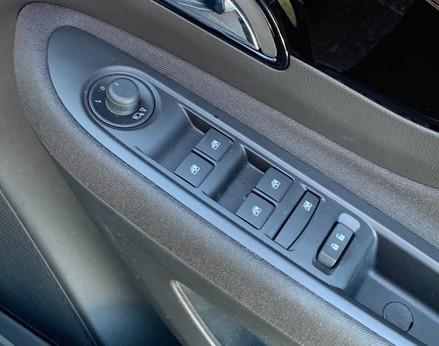 Vauxhall Mokka X DESIGN NAV 39