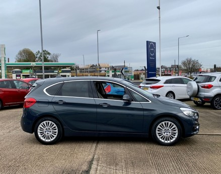 BMW 2 Series 218D LUXURY ACTIVE TOURER 10