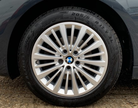 BMW 2 Series 218D LUXURY ACTIVE TOURER 14