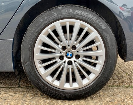 BMW 2 Series 218D LUXURY ACTIVE TOURER 13