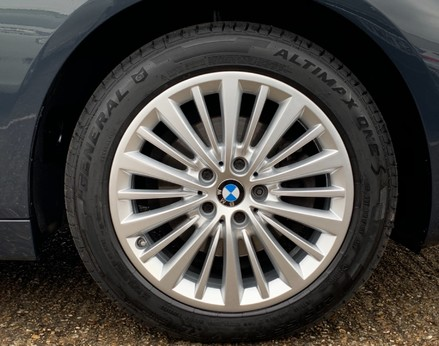 BMW 2 Series 218D LUXURY ACTIVE TOURER 16