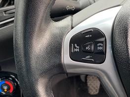 Ford Fiesta ZETEC 33