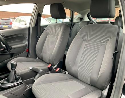 Ford Fiesta ZETEC 39