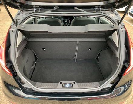 Ford Fiesta ZETEC 42