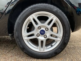 Ford Fiesta ZETEC 15