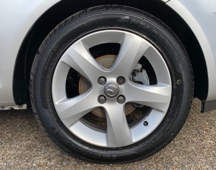 Vauxhall Corsa SXI AC 16