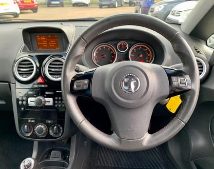 Vauxhall Corsa SXI AC 18