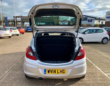 Vauxhall Corsa SXI AC 37