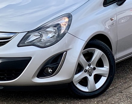 Vauxhall Corsa SXI AC 3