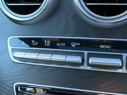 Mercedes-Benz C Class C220 D AMG LINE PREMIUM 35