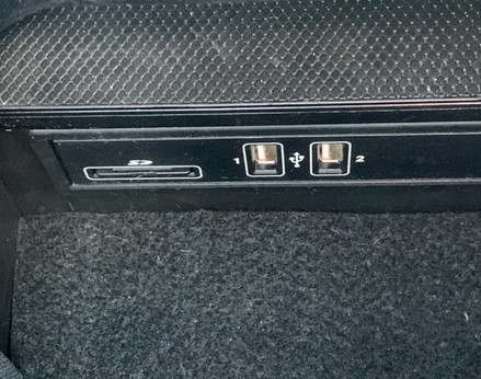 Mercedes-Benz C Class C220 D AMG LINE PREMIUM 41