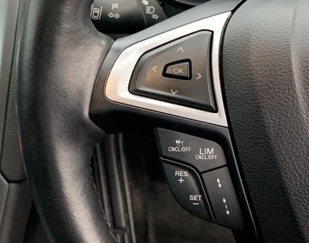Ford Mondeo TITANIUM TDCI 39