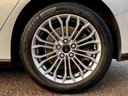 Ford Focus TITANIUM X TDCI 14