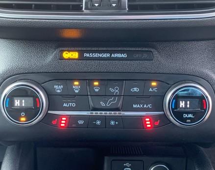Ford Focus TITANIUM X TDCI 33