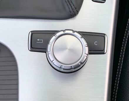 Mercedes-Benz SLK SLK250 CDI BLUEEFFICIENCY AMG SPORT 32