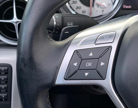 Mercedes-Benz SLK SLK250 CDI BLUEEFFICIENCY AMG SPORT 35