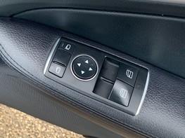 Mercedes-Benz SLK SLK250 CDI BLUEEFFICIENCY AMG SPORT 40