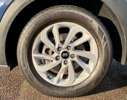 Hyundai Tucson CRDI SE BLUE DRIVE 13