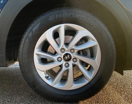 Hyundai Tucson CRDI SE BLUE DRIVE 15