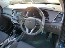 Hyundai Tucson CRDI SE BLUE DRIVE 17