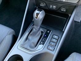 Hyundai Tucson CRDI SE BLUE DRIVE 32