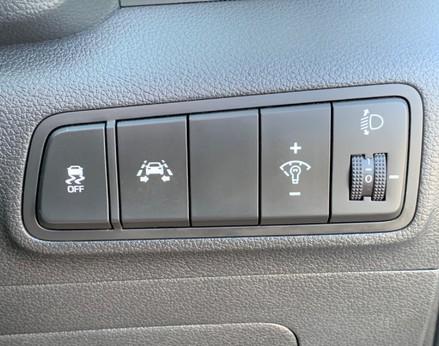 Hyundai Tucson CRDI SE BLUE DRIVE 37