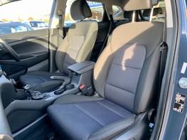 Hyundai Tucson CRDI SE BLUE DRIVE 41