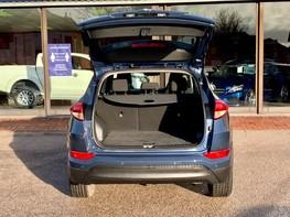 Hyundai Tucson CRDI SE BLUE DRIVE 43