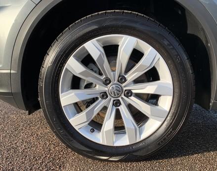 Volkswagen T-Roc SE TDI 13