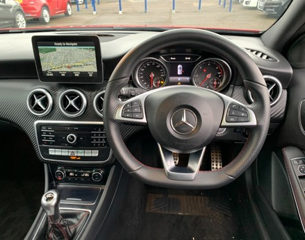 Mercedes-Benz A Class A 200 D AMG LINE PREMIUM PLUS 18