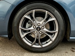 Ford Focus ST-LINE 13