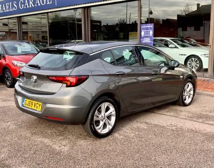Vauxhall Astra SRI CDTI S/S 8