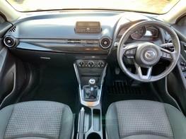 Mazda 2 SE-L 2