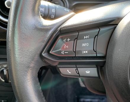 Mazda 2 SE-L 29