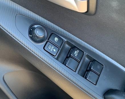 Mazda 2 SE-L 34