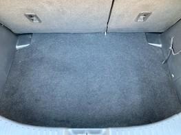 Mazda 2 SE-L 40