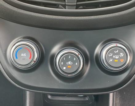 Vauxhall Viva SE AC 26